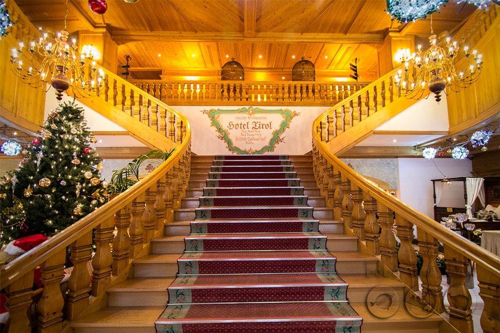 Tirol Hotel Grand Entrance