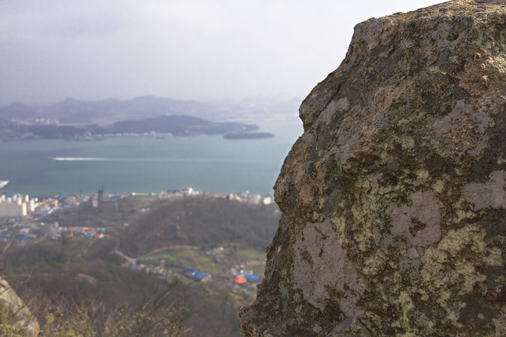 Mount Yudalsan Statues