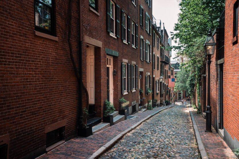 Acorn Street in Beacon Hill Boston