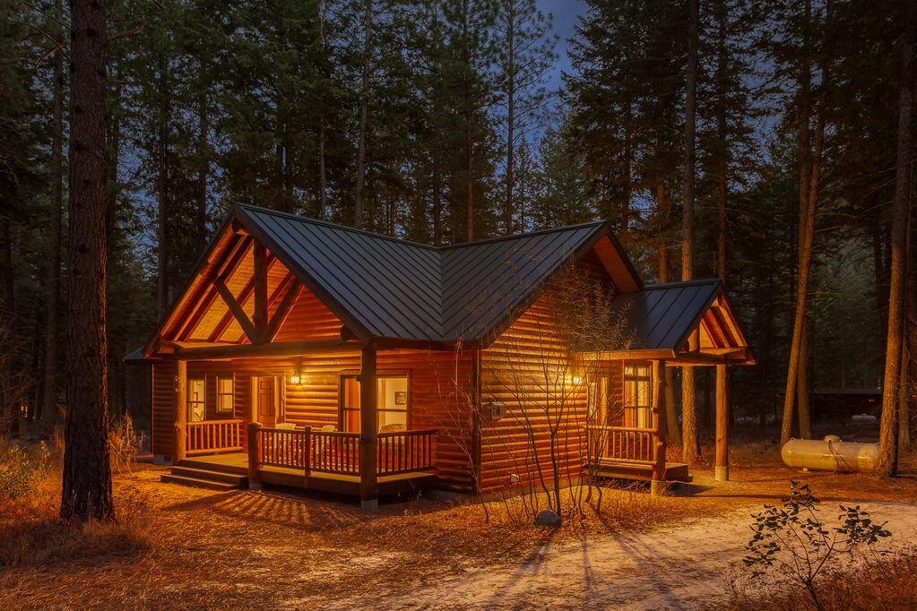 Alpine cabin in washington with ski in and out access