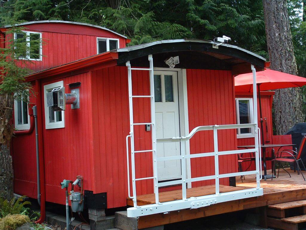 Caboose unique places to stay in Washington state near Mt Rainer