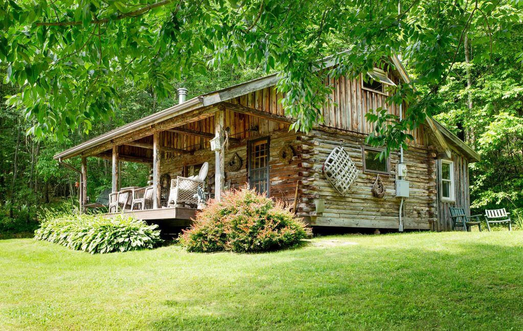 Charming Log Cabin in Ellicottville, NY