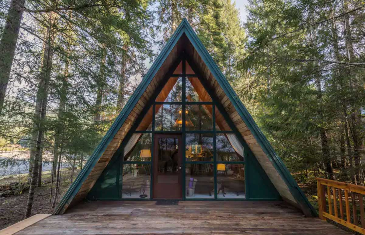Cozy-A-Frame-cabin-at-Mt-Rainer-in-Washington