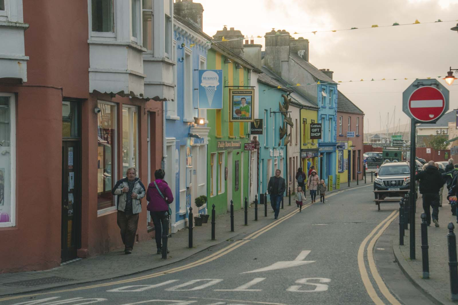Downtown-colorful-Dingle-Ireland