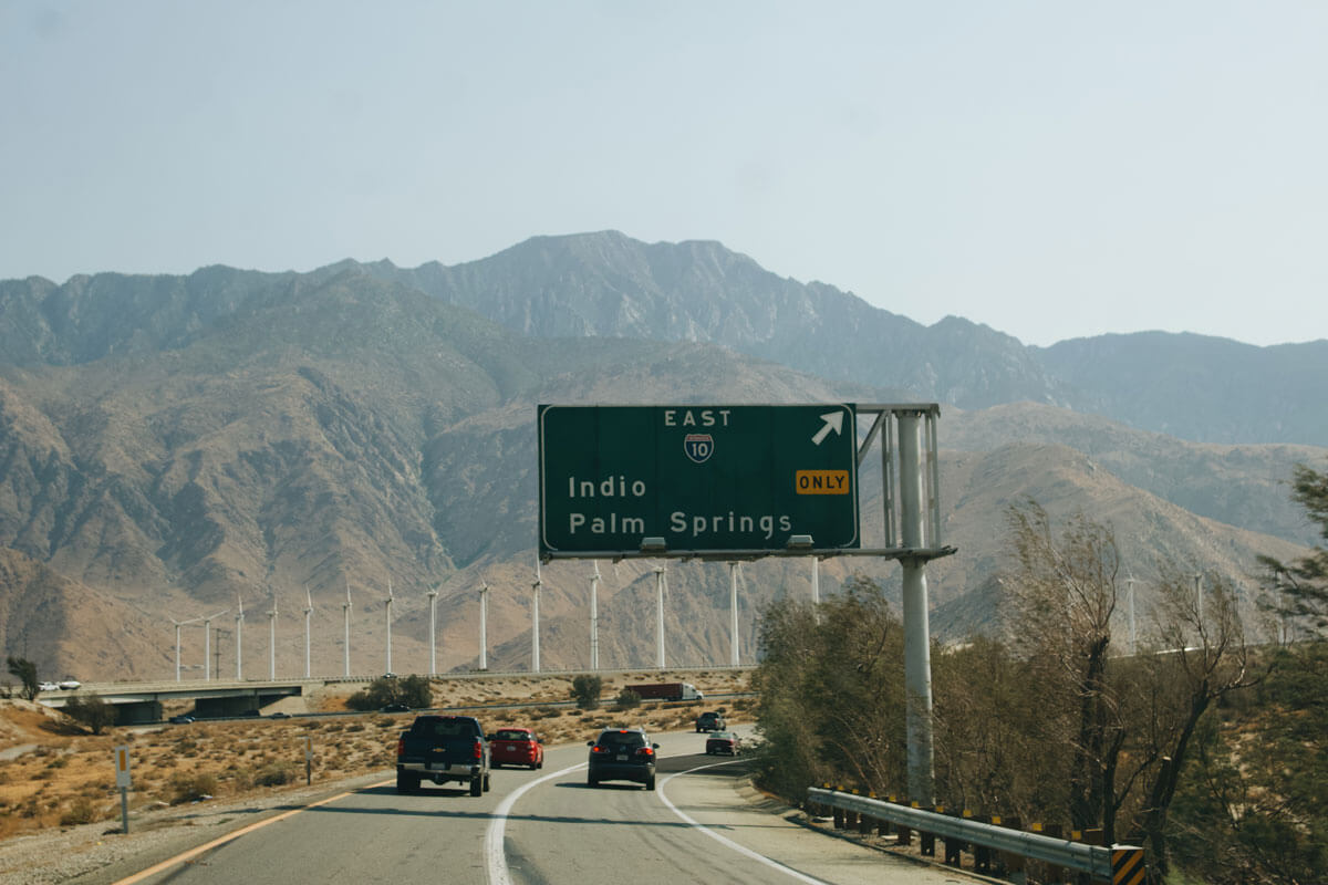 Driving-to-Palm-Springs-in-Southern-California-by-Katie-Hinkle
