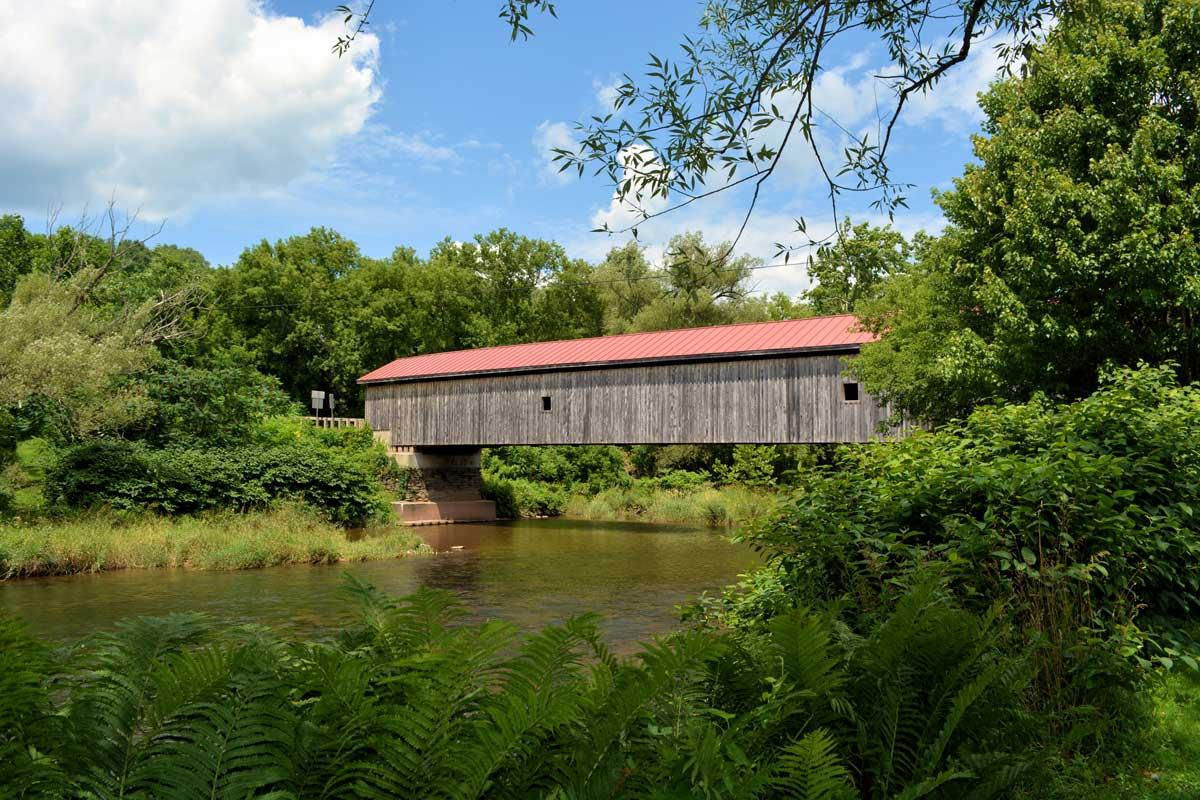 Hamden-Covered-Bridge-in-the-catskills-new-york