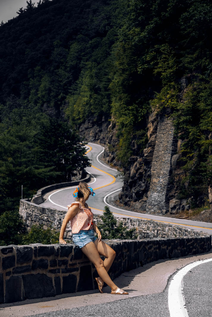 Hawks Nest scenic drive and road along the Delaware River near Port Jervis New York