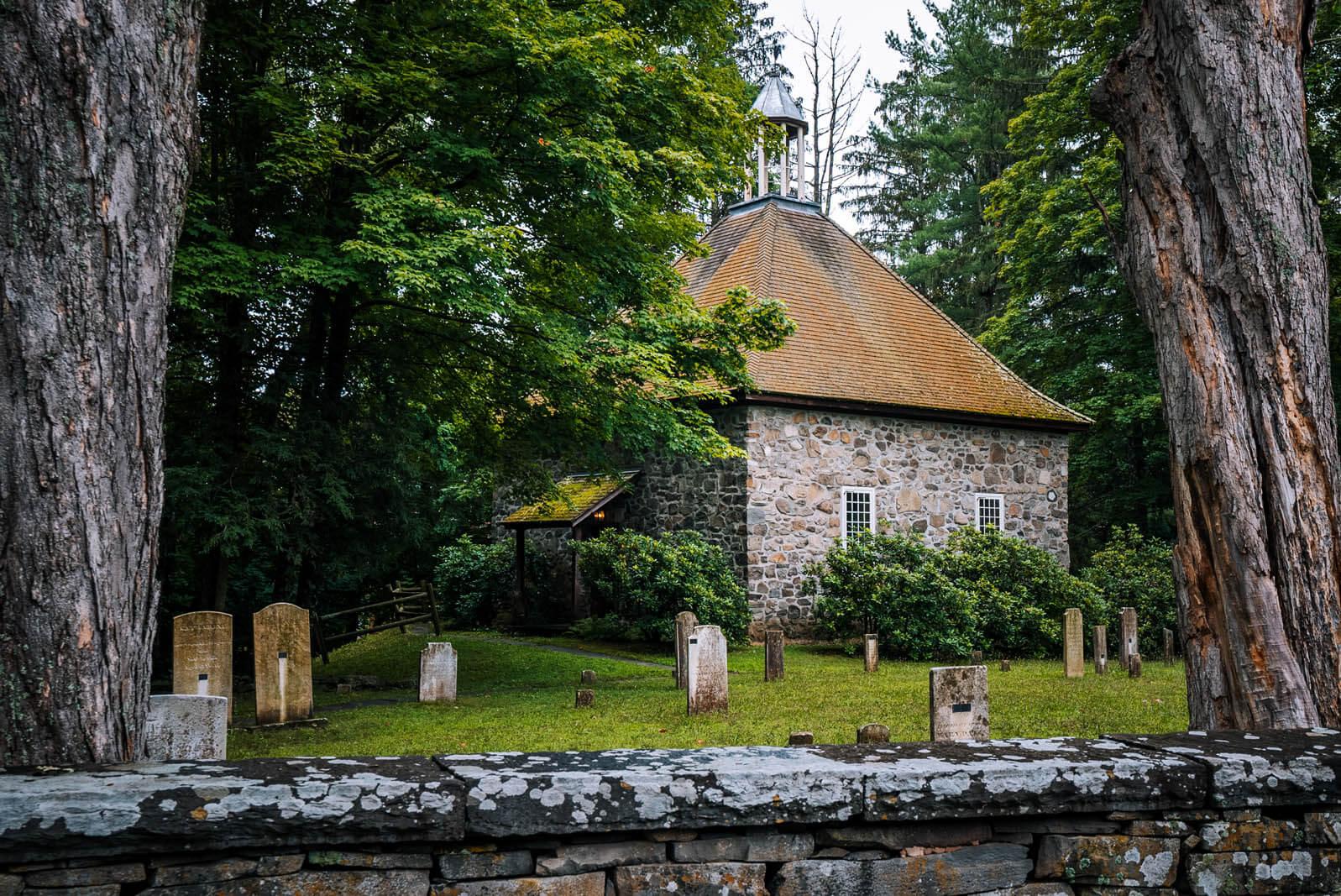 Huguenot Historic homes in New Paltz New York in the Catskills