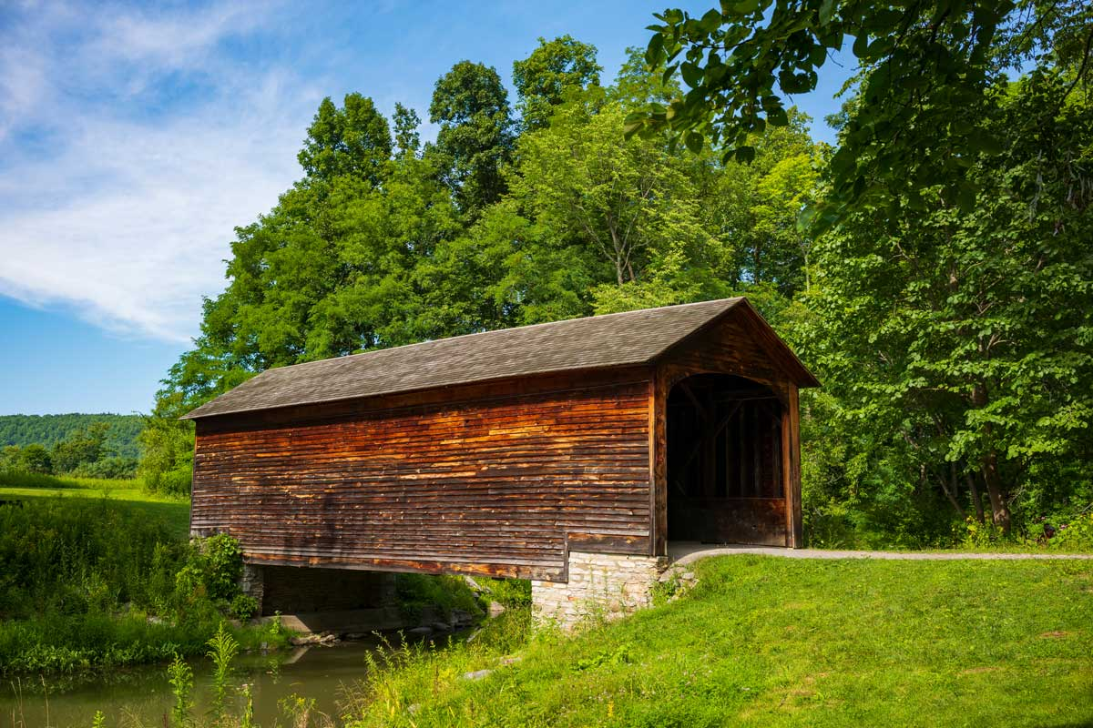 Hyde-Hall-Covered-Bridge-in-Cooperstown-New-York