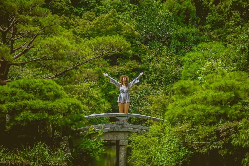 green shrine in kyoto