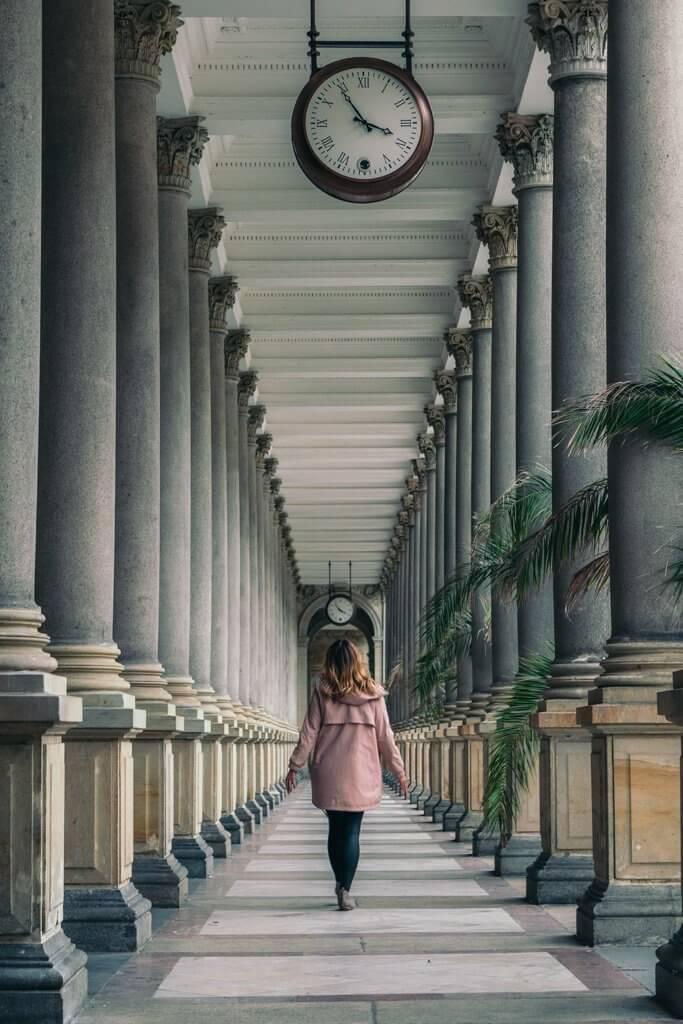 karlovy vary mill colonnade