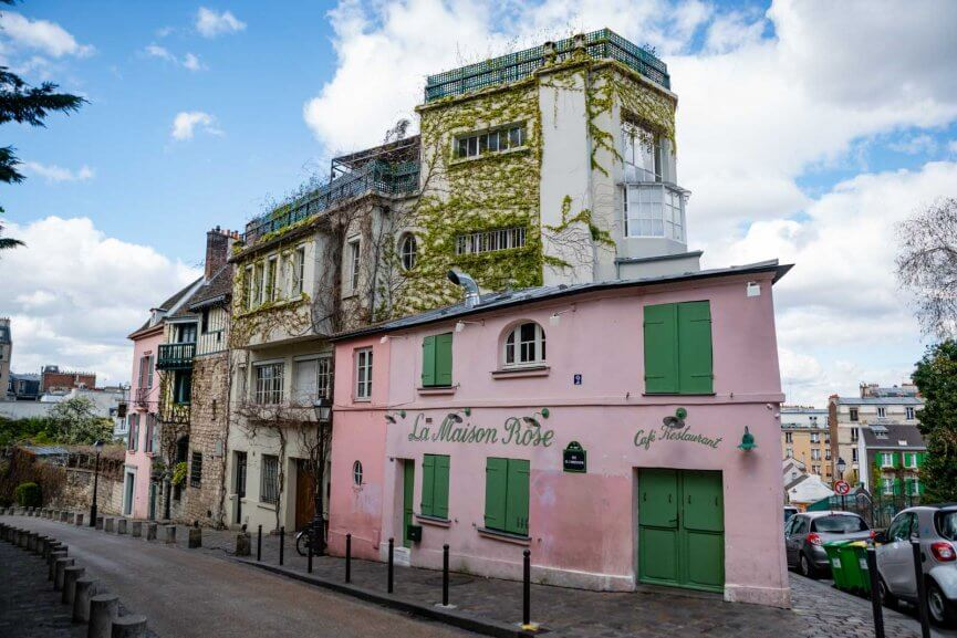 La Maison Rose in Montmartre Paris