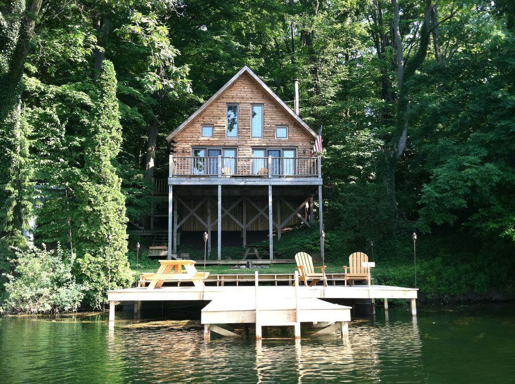New York Cottage in Batavia New York