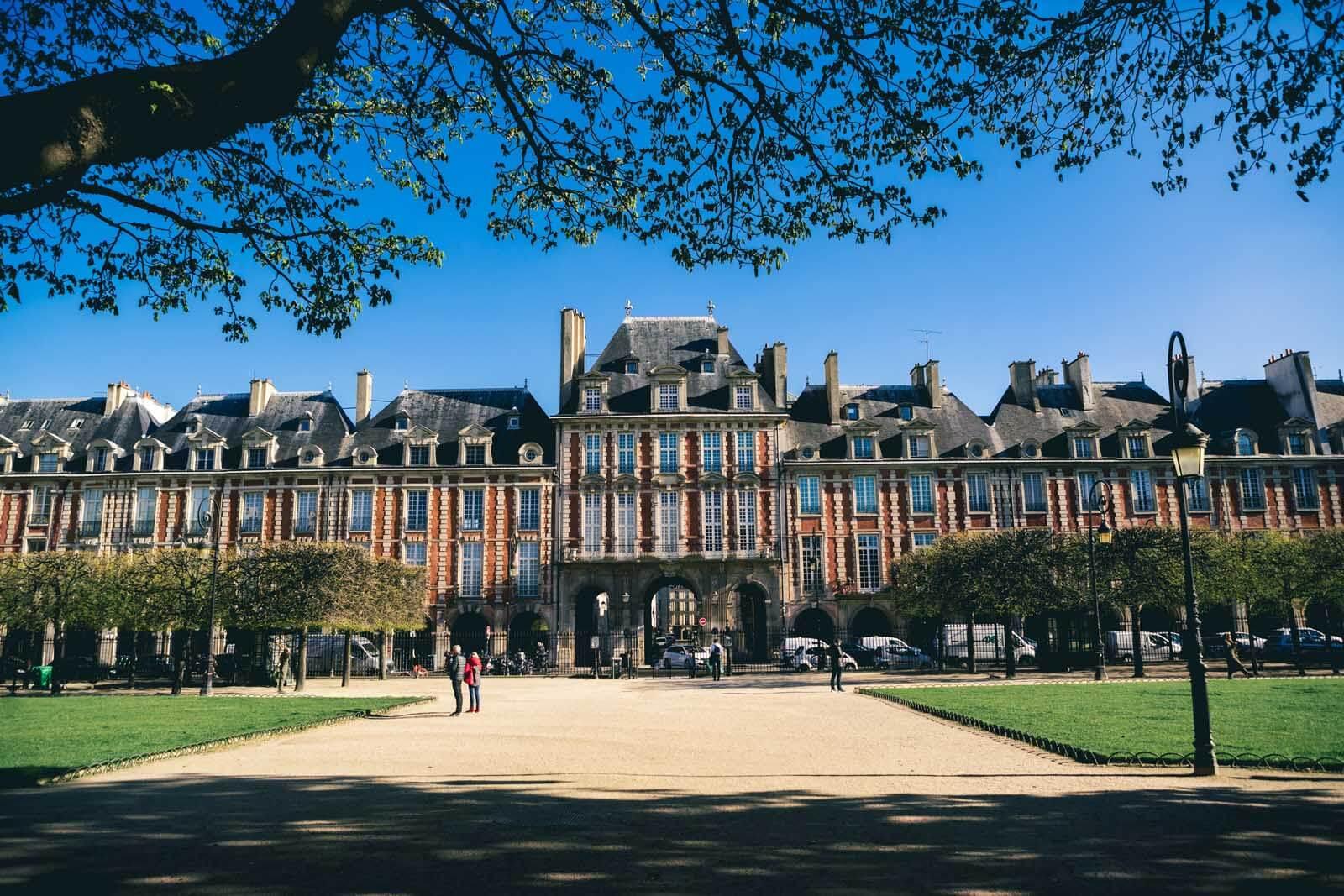 Place des Vosges in Le Marais Paris