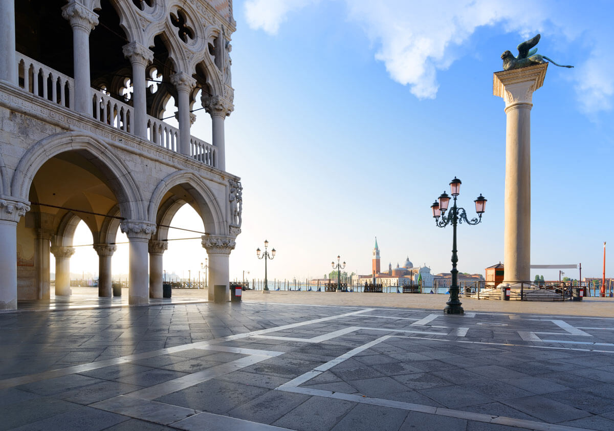 San-Marco-Piazza-in-Venice-Italy