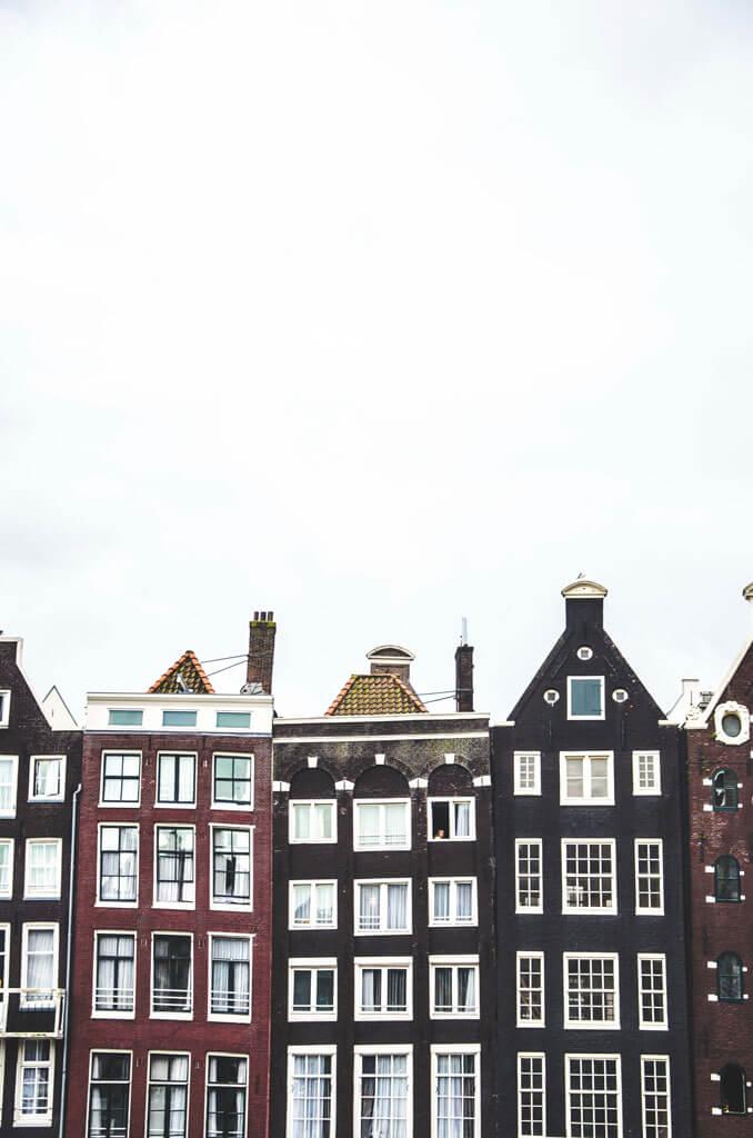 skinny houses in Amsterdam