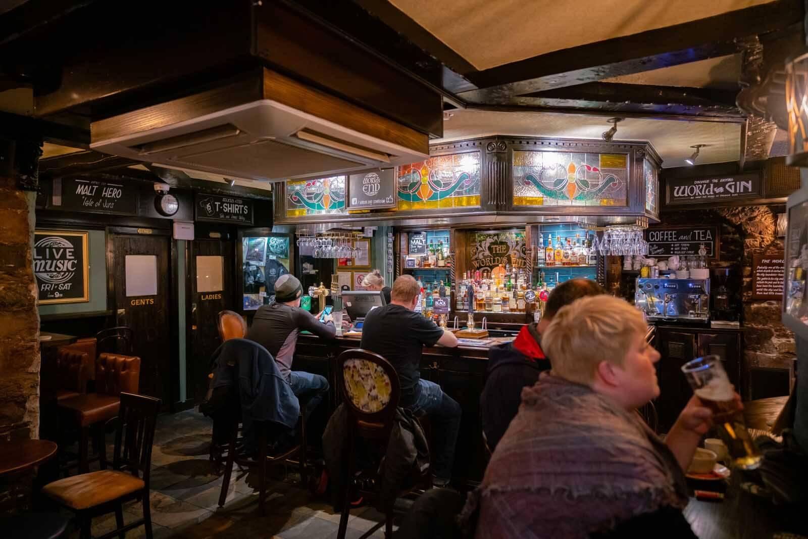 The Worlds End pub in Edinburgh