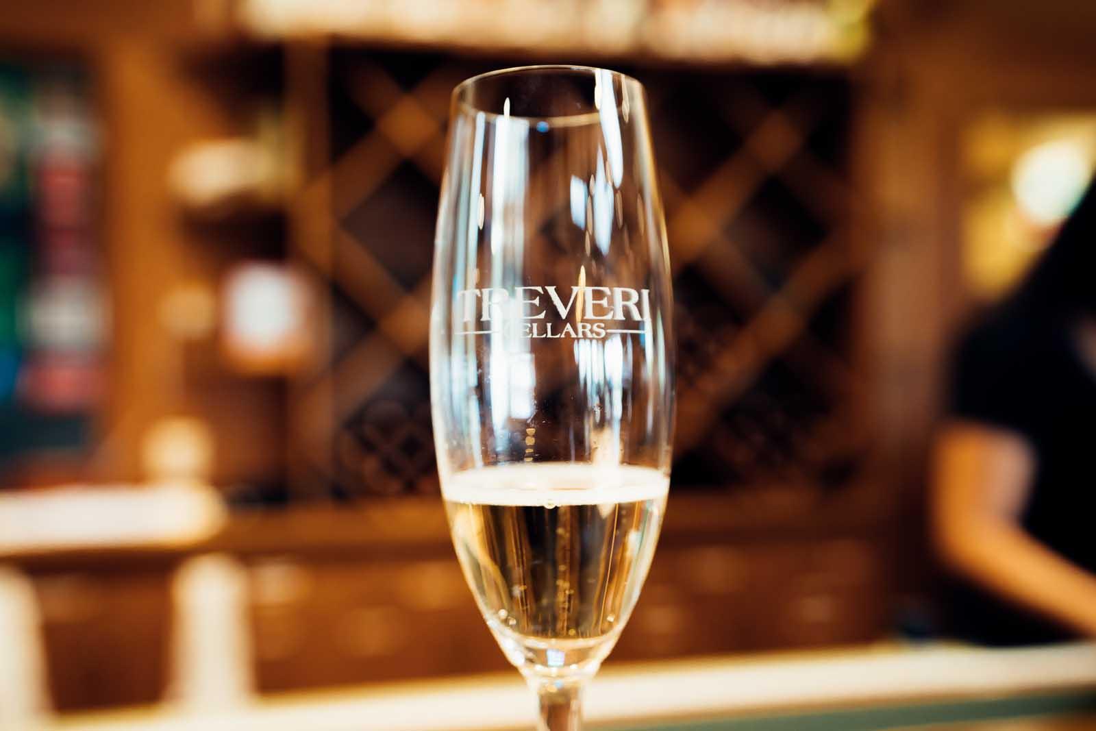 Sparkling Wine Tasting at Treveri Cellars