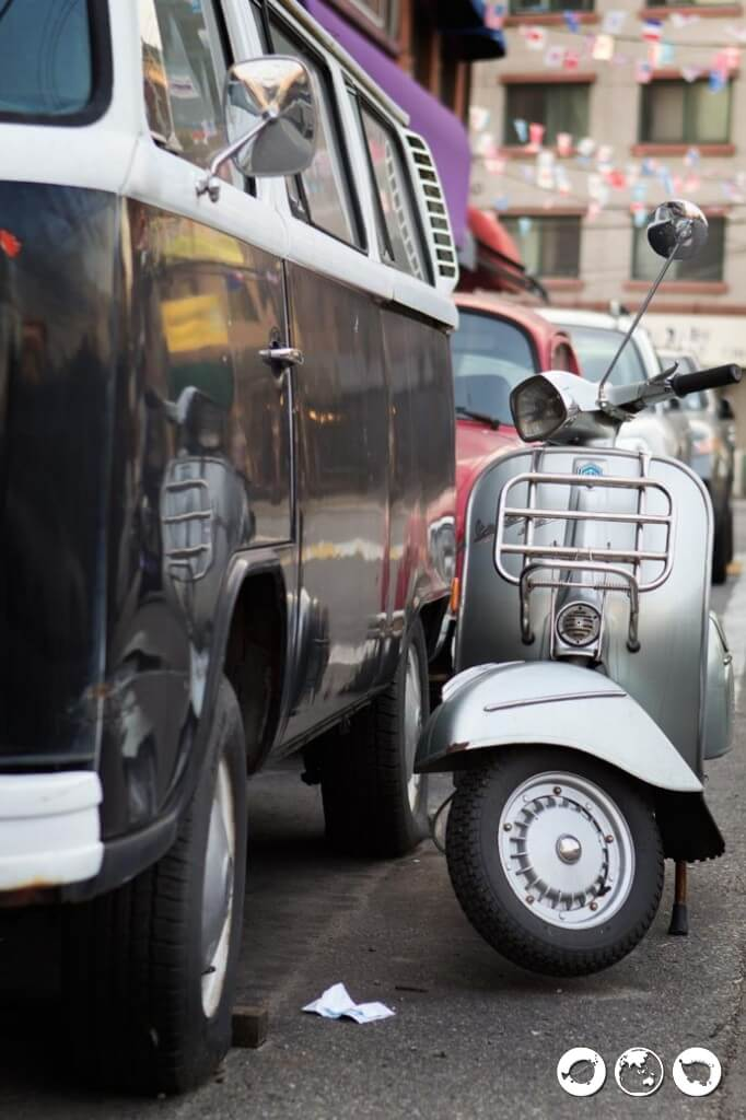 Vespa-and-VW-in-Itaewon