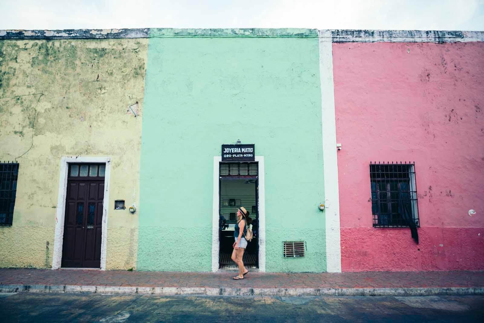 Megan walking through the streets of Valladolid