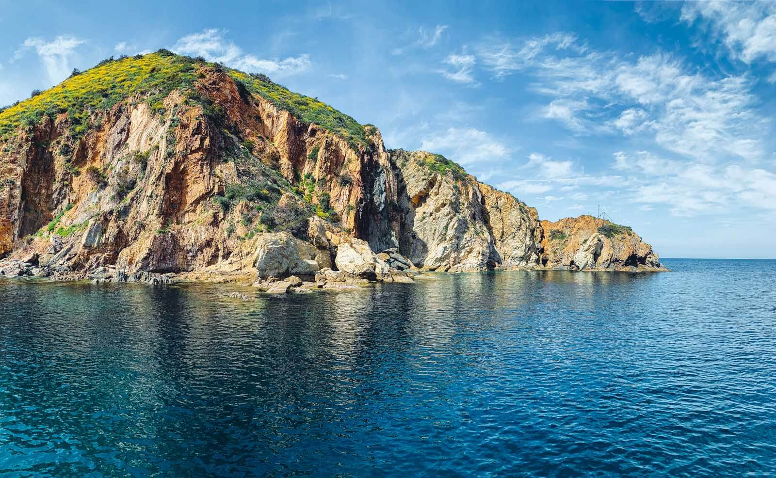 along the coastline of Catalina Island in California on a snorkeling excursion