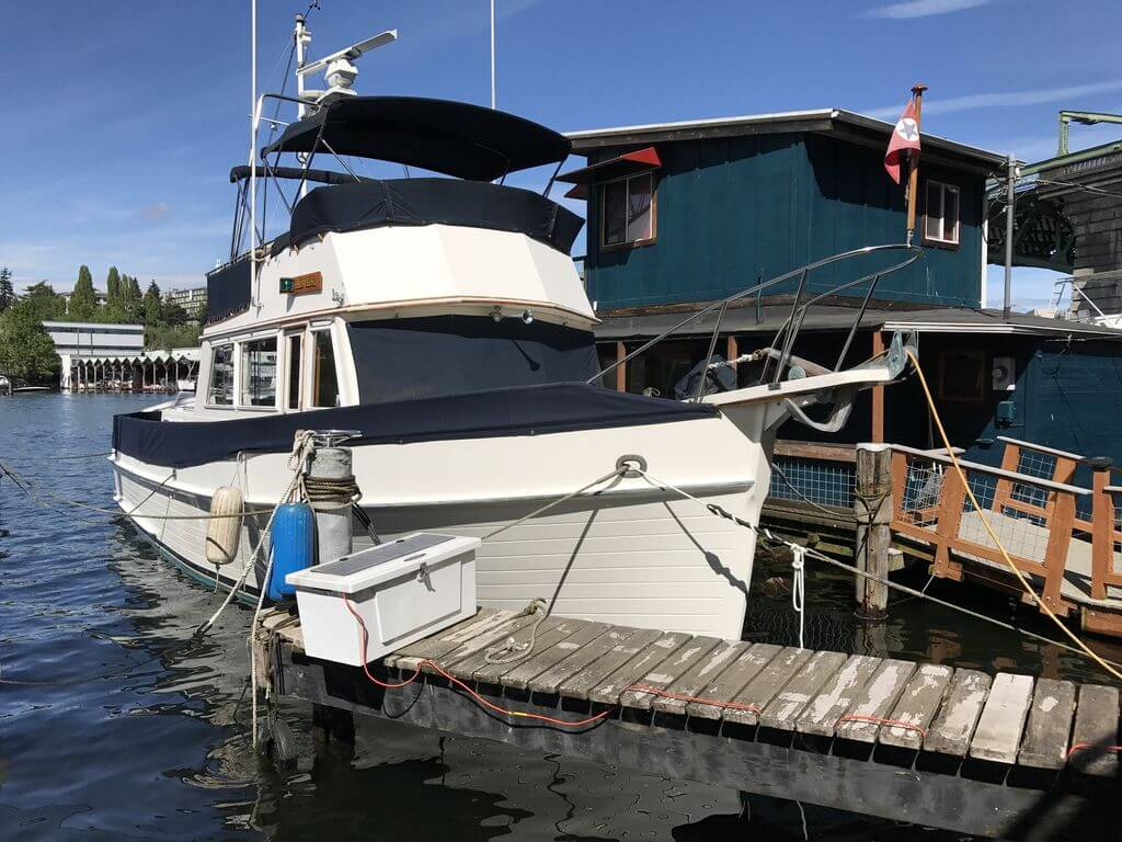 classic yacht on Lake Union houseboat rental in Seattle