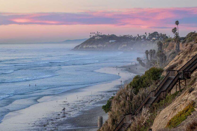 coastal-sunset-beach-view-of-Encinitas-California