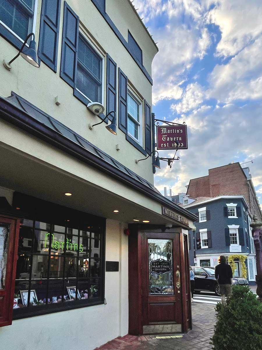 historic-Martins-Tavern-in-Georgetown-Washington-DC