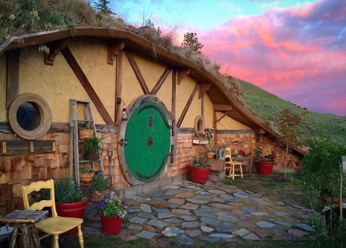 hobbit-house-and-cottage-in-washington-state