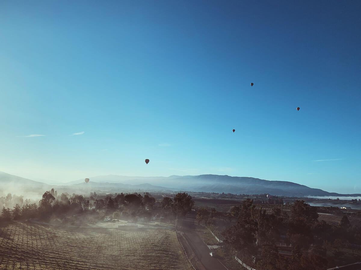 hot-air-balloons-flight-HL32TT9-in-temecula-california