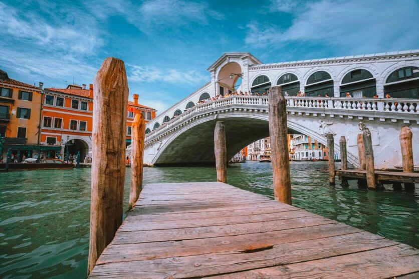 rialto-bridge-at-grand-canal-in-venice-italy