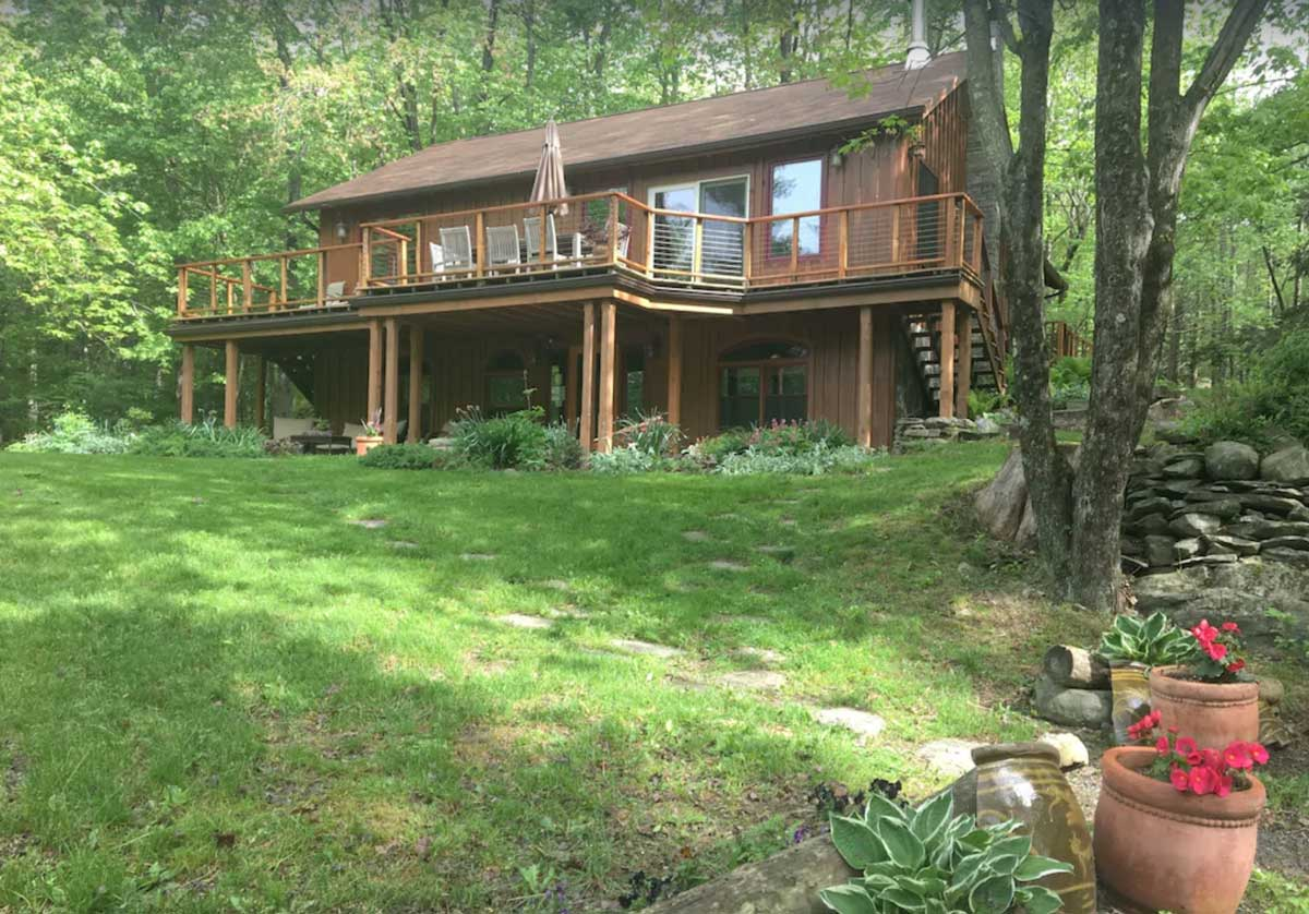 secluded-cabin-near-nyc-in-woodstock-ny