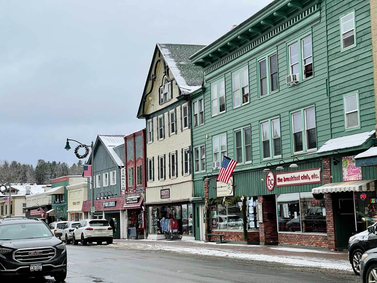 shops-in-downtown-Lake-Placid-in-the-Adirondacks-New-York