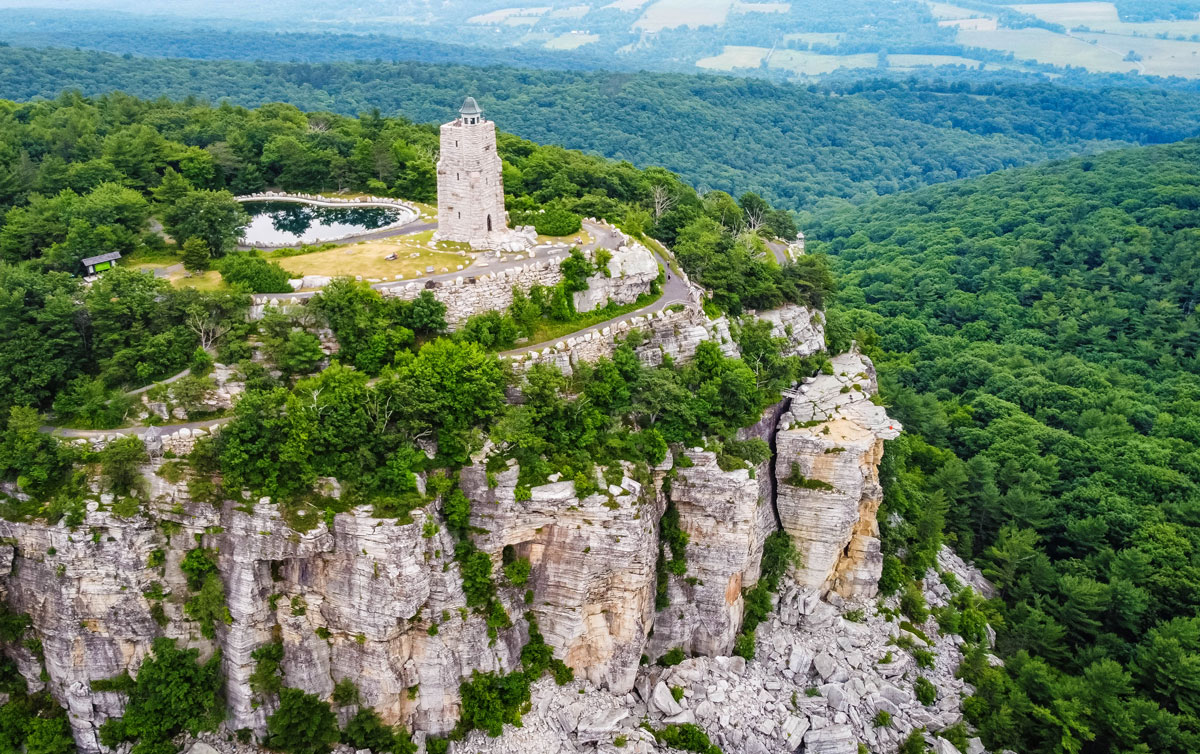 sky-tower-ruins-on-the-Mohonk-Preserve-in-New-York