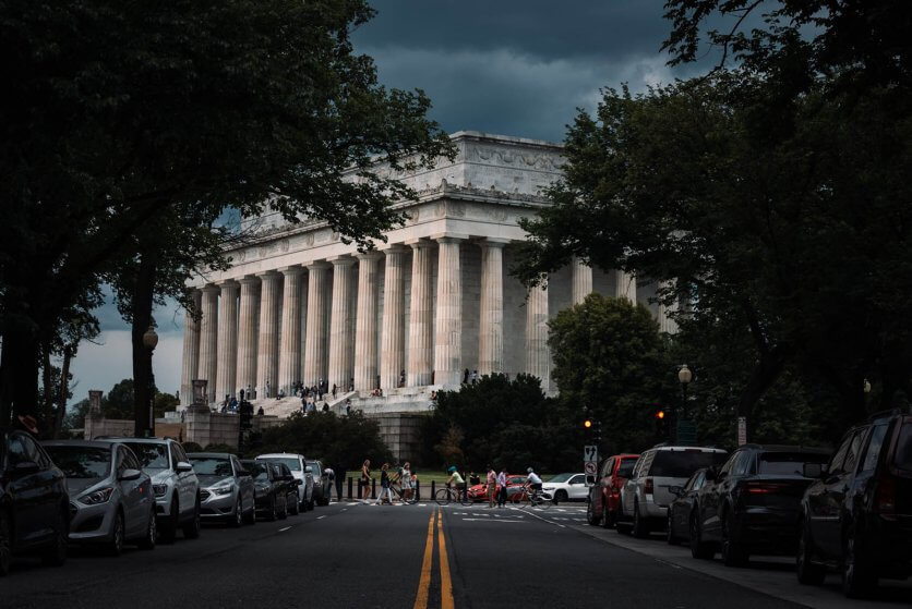 street view of the Lincoln Memorial in Washington DC