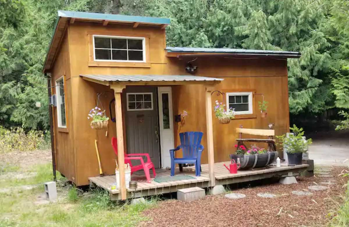 sunrise-sunset-tiny-home-in-washington-in-puget-sound
