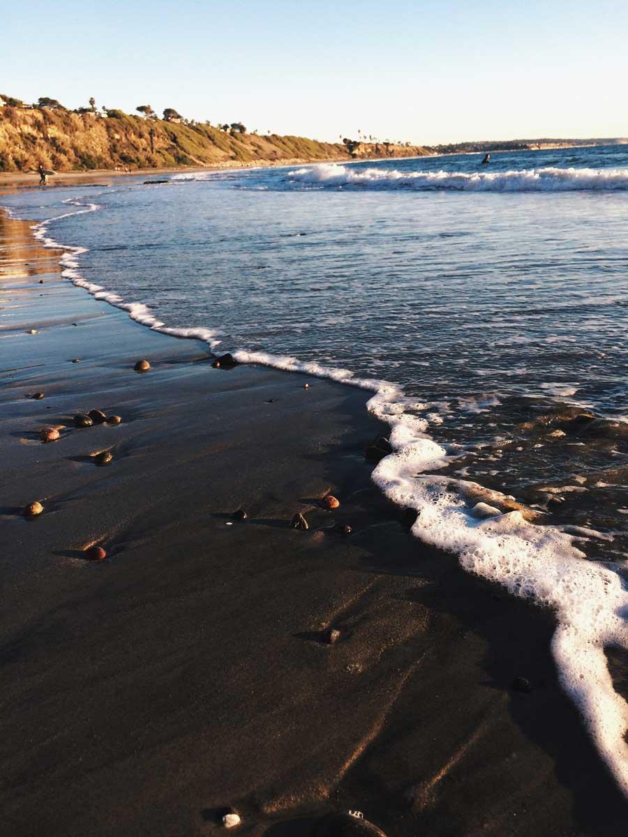 swamis-beach-in-Encinitas-southern-california