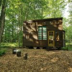 10 Amazing Tiny House in New York Getaways